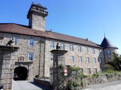 Zufahrt zum Schloss