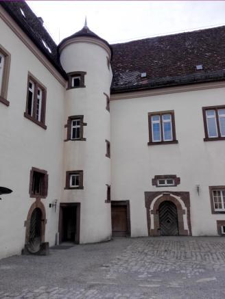 Das Treppenhaus im Innenhof
