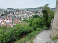 Blick von der Burg hinunter nach Untergruppenbach