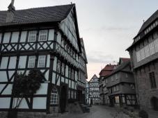 Fachwerkhäuser gegenüber dem Dom