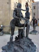 Skulptur am Hafenmarktturm