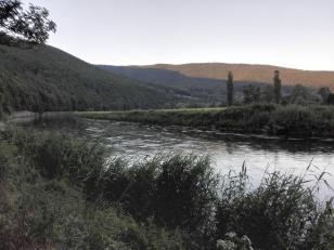 Abendstimmung am Fluss