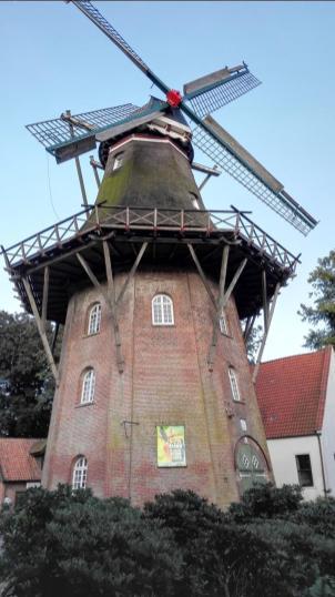 Die einzige noch intakte Mühle auf dem Wall