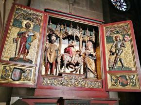 Triptychon über dem Taufaltar