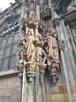 Anbetung der Könige am Laurentiusportal auf der Nordseite