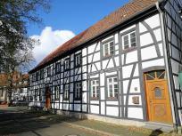 """Rund 60 liebevoll restaurierte Fachwerkhäuser bilden den Kern der """"Freiheit Weisterholt"""""""