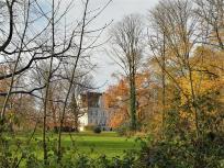 Haus Dorloh ist von einem großen Landschaftspark umgeben