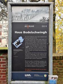 Infotafel am Wasserschloss Bodelschwingh