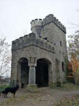 Der alte Bismarckturm auf den Hattinger Höhen - leider verschlossen