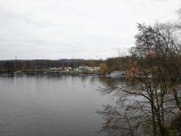 Der Sportboothafen am Masurensee
