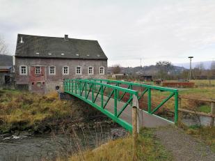 Brücke über die Wurm. Auf der anderen Seite beginnt die Niederlande.