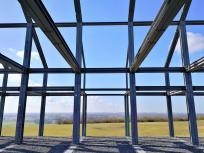 Blick durch das Hallenhaus in Richtung Südwesten