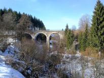 Brücke dds Vennbahnradwegs über den Ermesbach beim ehemaligen Kloster Reichenstein