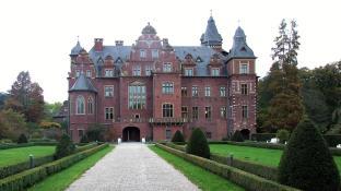 Gartenseite von Schloss Krickenbeck (Foto An-d   http://commons.wikimedia.org   Creative-Commons-Lizenz)