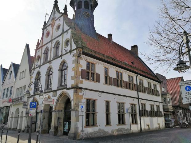 Das alte Rathaus von Burgsteinfort, Seitenansicht