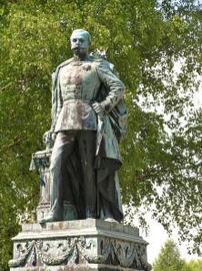 Denkmal Herzogs Adolph von Nassau (Foto Karsten11   http://commons.wikimedia.org   Lizenz: CC BY-SA 3.0 DE)