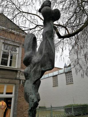 Skulptur in der Stokstraat