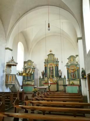 Altarraum der Burgkirche