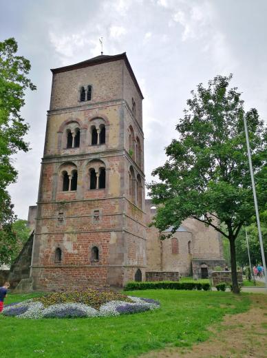Turm der Stiftsruine