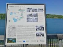 Infotafel über die Geschichte des Stausees