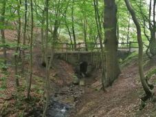 Wie überqueren den Ruisseau de Lovegné