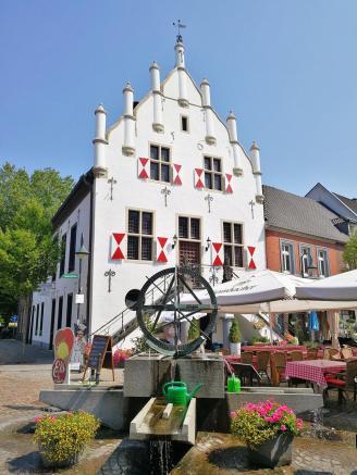 Das historische Rathaus von Anholt