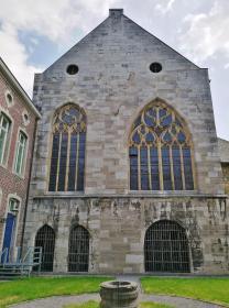 Seitenflügel der Abtei
