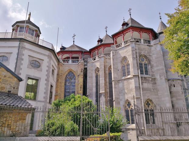 Seitenblick auf die Klosterkirche