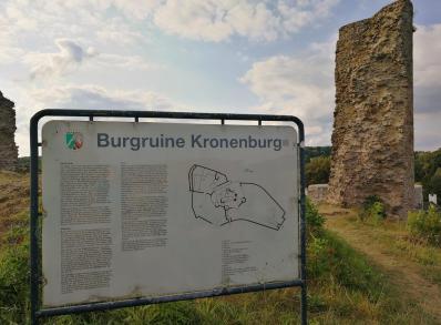 Oben auf der Burgruine