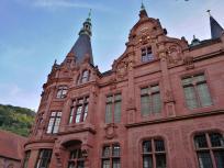 In diesem Neogitischen Prunkbau ist heute eine Universitätsbibliotjek untergebracht