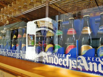 Bierverkauf vor der Klosterschänke