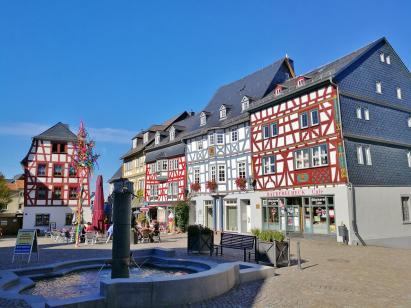 Der Marktplatz von Bad Camberg. Hier verlieft die historische Via Publica.