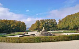 Sichtachse vom Schloss in den Park bis auf den See