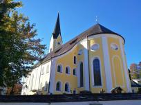 Die kath. Pfarrkirche von Schliersee