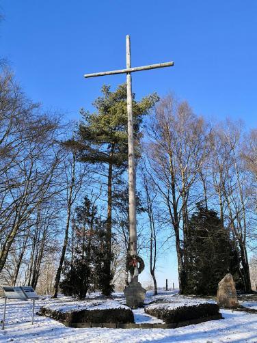 Das Eifelkreuz erinnert an die Wunden des Zweiten Weltkriegs