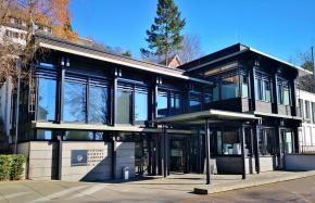 Stiftung Bundeskanzler Adenauer Haus: Zugang und Ausstellung zu Konrad Adenauers Wohnhaus