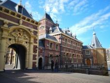 Eingangsportal am Binnenhof