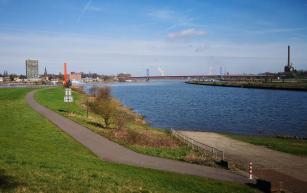 Mündung der Ruhr in den Rhein