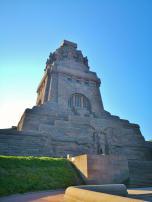 Mit einer Höhe von 91 Metern gehört das Völkerschlachtdenkmal zu den größten Denkmälern Europa