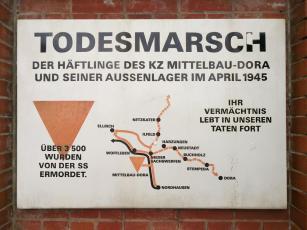 Erinnerung an den Todesmarsch der KZ-Häftlinge im April 1945