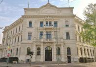 Fassade des Verwaltungsgerichts Potsdam am Nauener Tor