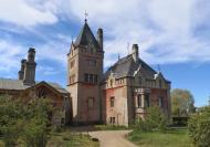 Verfallene Villa am Eingang zum Park Babelsberg