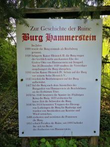 Infotafel an der Burg Hammerstein