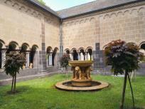 Der Löwenbrunnen im Paradies
