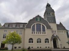 Das Solinger Kunstmuseum, untergebracht im ehemaligen Rathaus von Solingen-Gräfrath