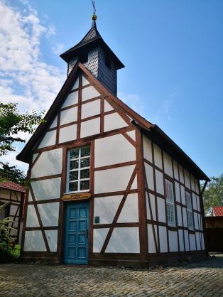 Kleine Kapelle neben dem ehemaligen Pfarrhaus