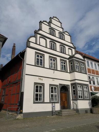 Das Kavaliershaus neben der Nicolai-Kirche