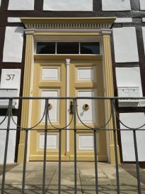 Die Türen von Lügde