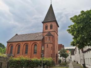 Die ev. Pfarrkirche St. Johannis