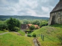 Unten die alte Wassermühle an der Emmer, die zum Schloss gehört